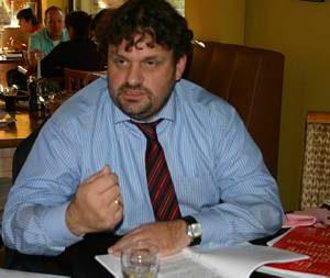 Einen Mehrwert für die Bürger will SPD-Kreisparteivorsitzender Guido van den Berg mit seiner Politik im Rhein-Erft-Kreis erreichen. Beim Parteitag am Samstag kandidiert er erneut.