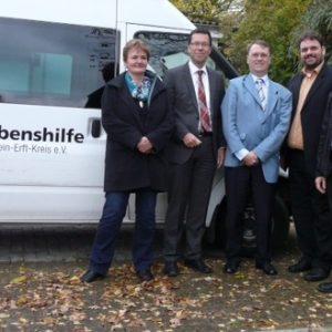 Besuch der Lebenshilfe e.V. in Elsdorf: V.l.n.r.: Gabi Baxpehler, Dierk Timm, Lutz Schumann, Guido van den Berg, Horst Baxpehler.
