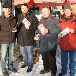 Landtagsabgeordneter Guido van den Berg (2. v.l.) im Team mit Michael Stroschein, Herbert Schmitz und Hans-R. Müller