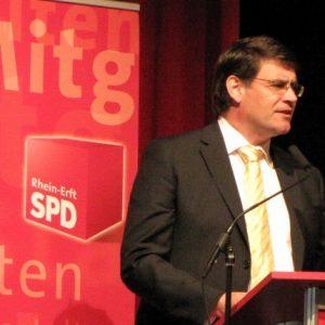 Bürgermeister Hans-Peter Haupt bei der der Feier zu 150 Jahren SPD