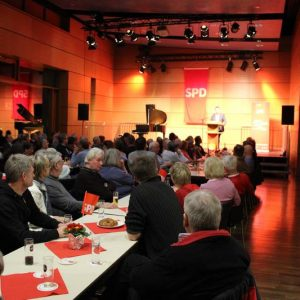 Volles Haus beim politischen Ascherdonnerstag in Pulheim