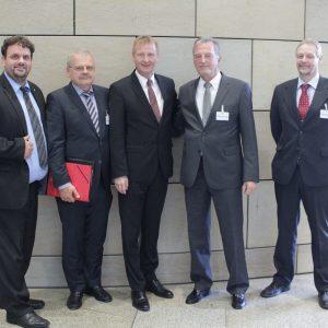 Guido van den Berg MdL, Kämmerer Hubert Portz, Minister Ralf Jäger, Bürgermeister Wilfried Effertz und Rechtsamtsleiter Manfred Hamacher