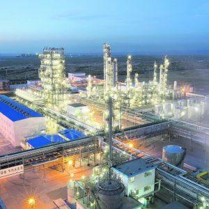 Braunkohle wird in China als Rohstoff für die Synthesegasherstellung eingesetzt. Das private Unternehmen Yitai errichtet zurzeit eine Großanlage, um daraus Diesel zu gewinnen.