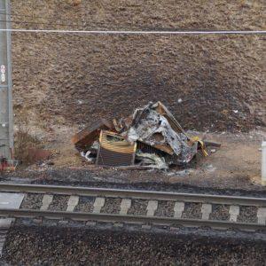 Ausgebranntes Trafohäuschen an der Hambach Bahn