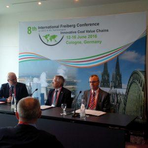 Minister Garrelt Duin, Prof. Bernd Meyer und RWE-Power CEO Matthias Hartung bei Freiberg-Conference
