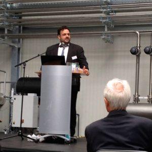 Guido van den Berg MdL bei der Einweihung des Biotechnikum Pfeifer & Langen Elsdorf