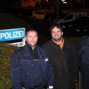 Auf Nachtschicht: Polizeioberkommissar Daniel Anker, Landtagsabgeordneter Guido van den Berg und Polizeihauptkommissar Frank Völker