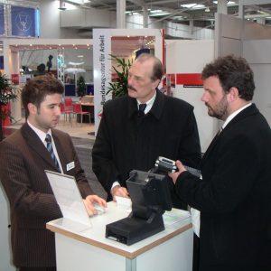 Stand der IIE-GmbH bei der CeBit 2005