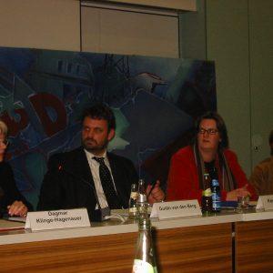 Dagmar Klinge-Hagenauer, Guido van den Berg, Kerstin Griese und Gabriele Frechen