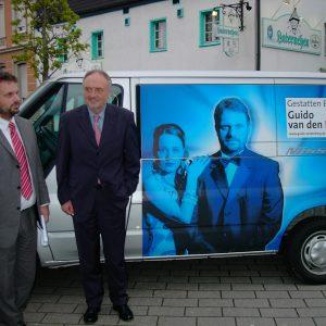 Vorstellung des Wahlkampfbuses