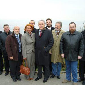 Am Tagebauaussichtspunkt Hambach in Elsdorf stellten Vertreter der Kommunen Bedburg, Bergheim und Elsdorf, des Rhein-Erft-Kreises sowie der RWE Power AG dem Staatssekretär Matthias Machnig die Energieregion vor.