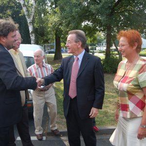 Guido van den Berg begrüßt Franz Müntefering