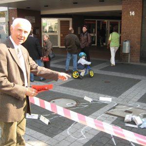 "Hans Krings sichert den ""Tatort"" Sparkasse"
