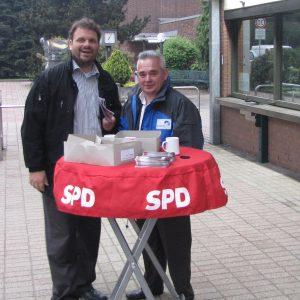 SPD vor dem Werkstor Niederaußem