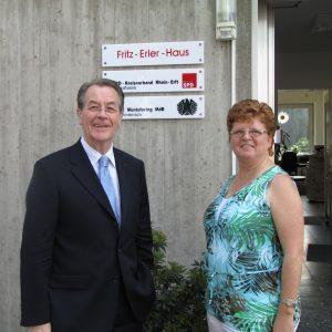 Eröffnung des Abgeordnetenbüro in Erftstadt: Franz Müntefering und Ute Meiers